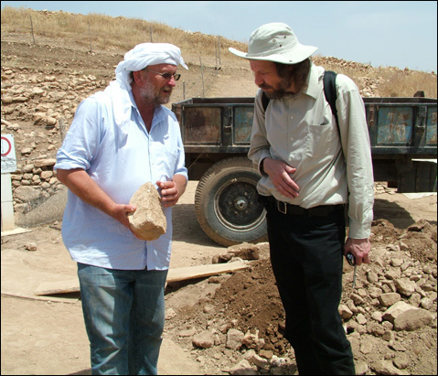 Image of Dr. Robert Schoch speaking with Dr. Klaus Schmidt at Göbekli Tepe in 2010